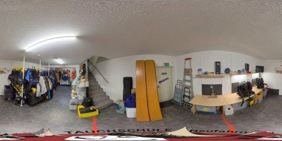 Play '360° - Tauchschule Neufahrn