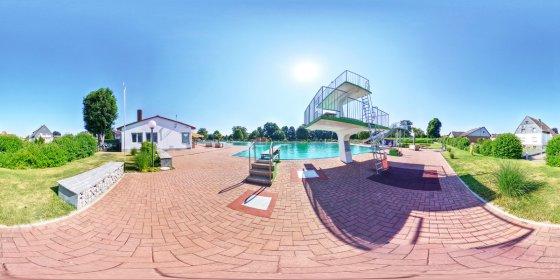 Play '360° - Freibad Uetze
