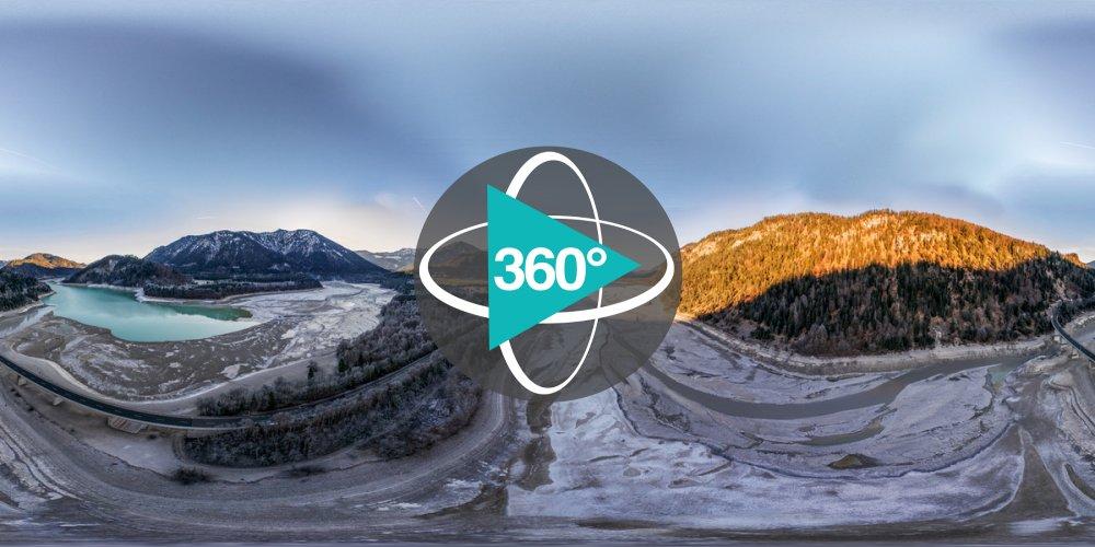 Play '360° - Versunkenes Dorf Fall
