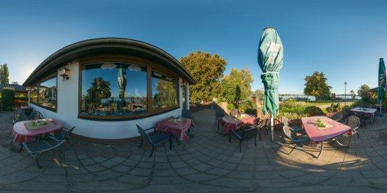 Play '360° - Restaurant am Mündesee