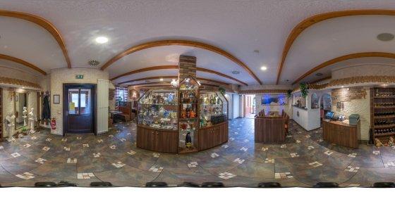 Play '360° - Restaurant Santorini